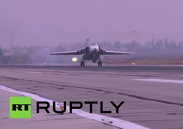 Syria: Sukhoi jets take to the skies as sun sets over Latakia