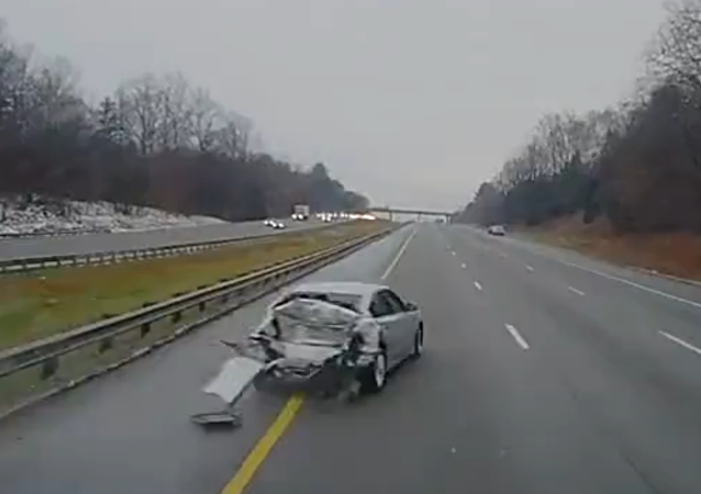 Driver Probably Regrets U-Turn on Interstate
