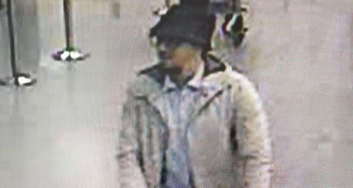 Brussels Police Issue Wanted Notice for Suspect After Deadly Attacks