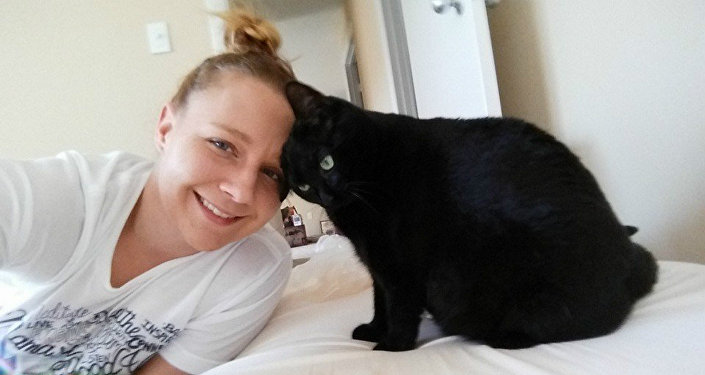 Reality Leigh Winner with her cat