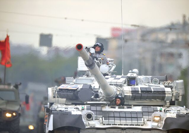 Tanque ruso T-80