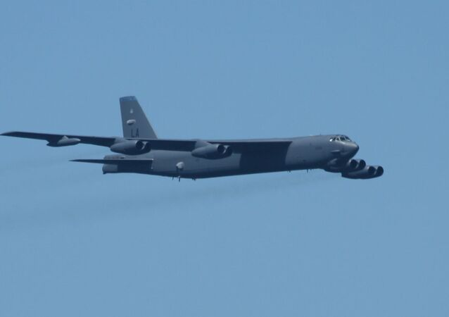 Bombarder Boing B-52H Stratofortres