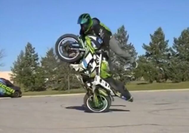 Unbelievable motorcycle stunts will blow your mind!