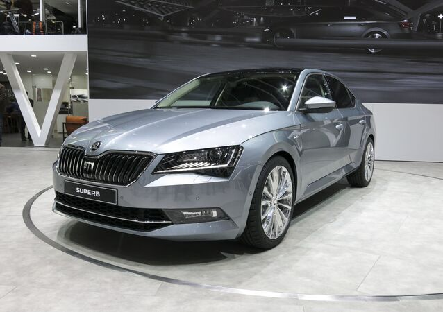 Automobil škoda superb