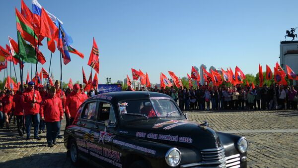 Participants in Our Great Victory motor rally welcomed in Moscow - Sputnik Србија