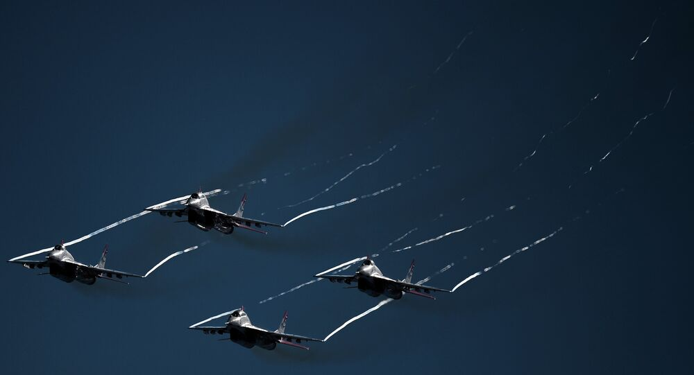 The Strizhi aerobatic team at the final rehearsal of the opening of the MAKS 2015 International Aviation and Space Salon