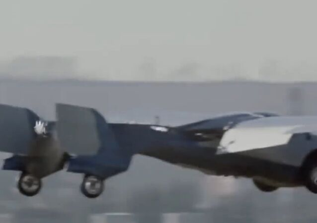Latest Version Of Aeromobil Flying Car Successfully Takes Off gdgtsbuzz